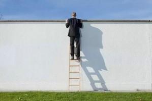 """只有""""跳槽""""才能实现自我价值的提升?"""